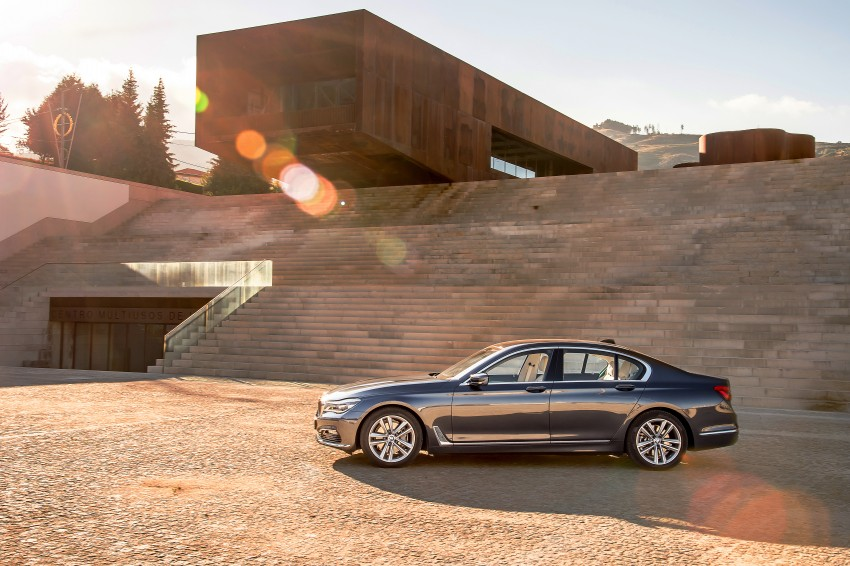 MEGA GALLERY: G11 BMW 7 Series in detail Image #372511