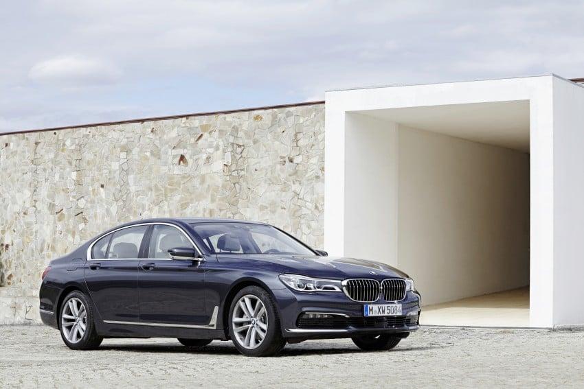 MEGA GALLERY: G11 BMW 7 Series in detail Image #372418