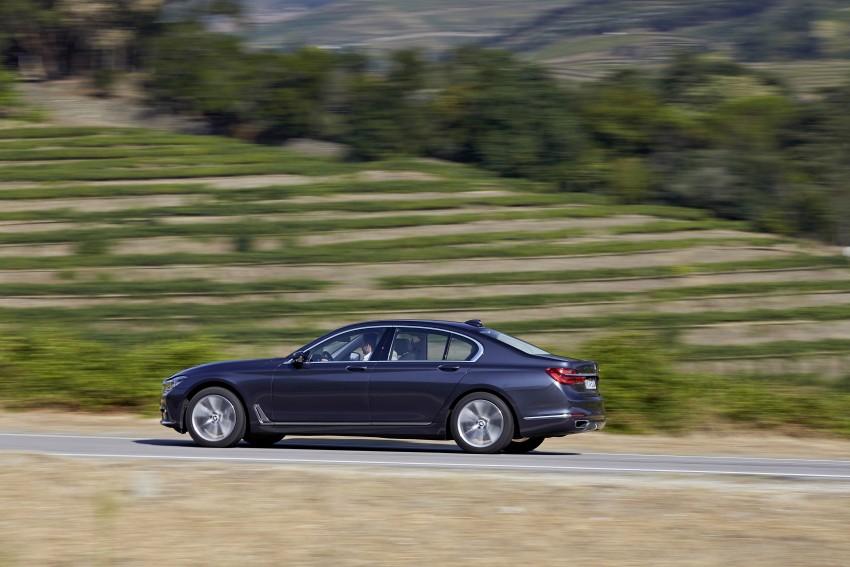 MEGA GALLERY: G11 BMW 7 Series in detail Image #372420