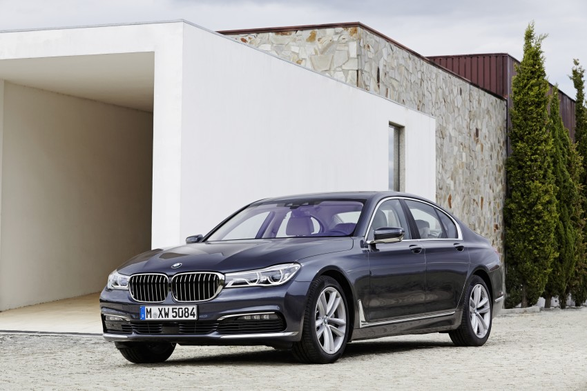 MEGA GALLERY: G11 BMW 7 Series in detail Image #372432