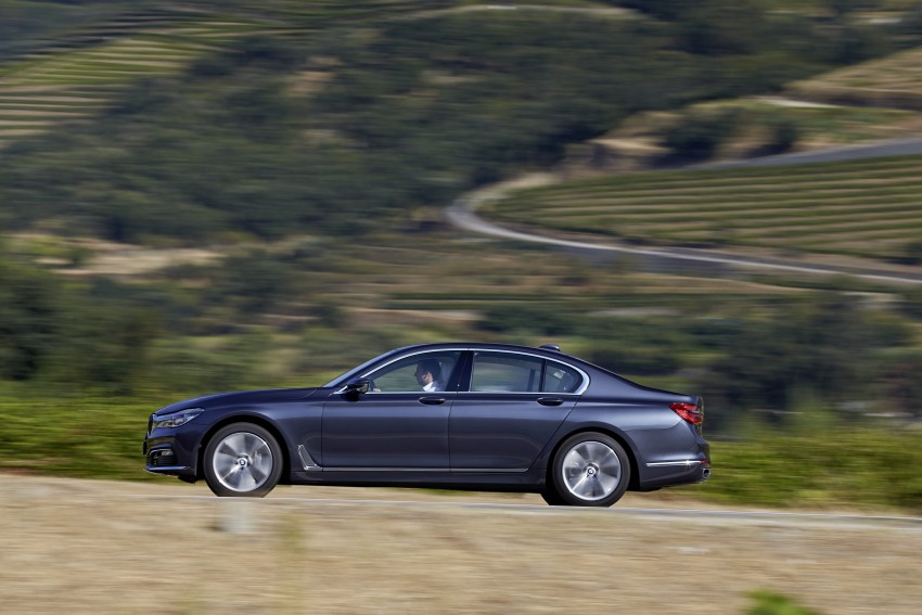MEGA GALLERY: G11 BMW 7 Series in detail Image #372406