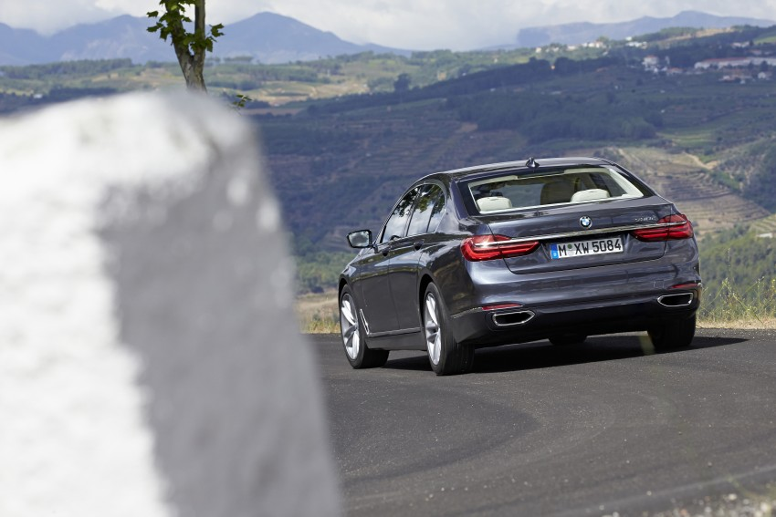 MEGA GALLERY: G11 BMW 7 Series in detail Image #372435