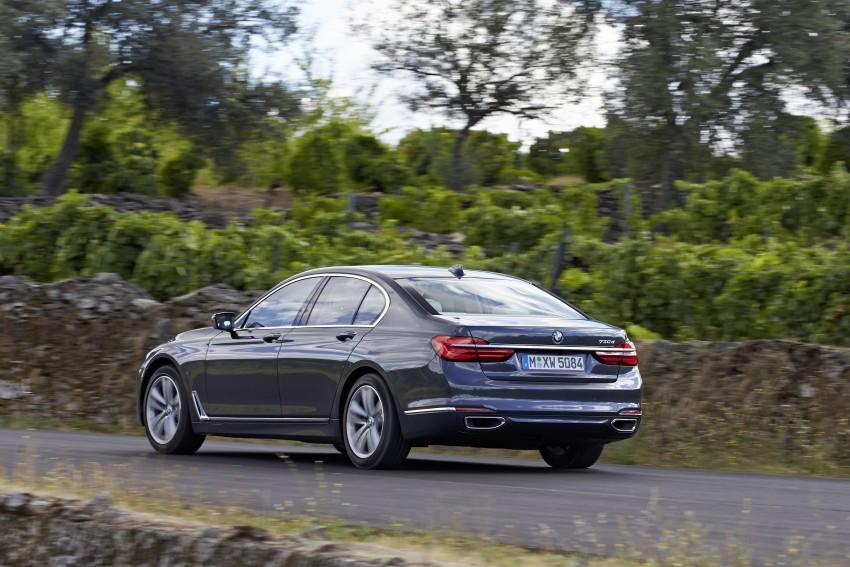 MEGA GALLERY: G11 BMW 7 Series in detail Image #372441