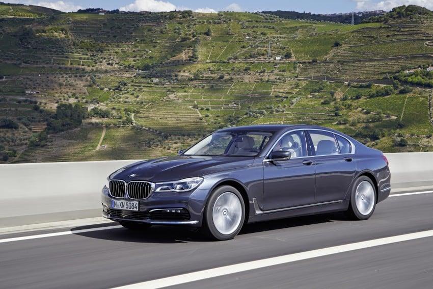 MEGA GALLERY: G11 BMW 7 Series in detail Image #372443