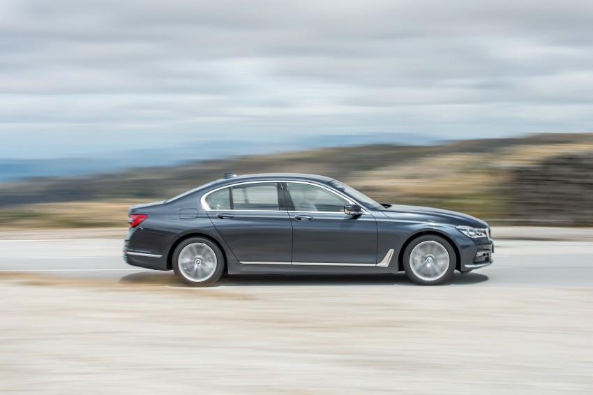 MEGA GALLERY: G11 BMW 7 Series in detail Image #372450