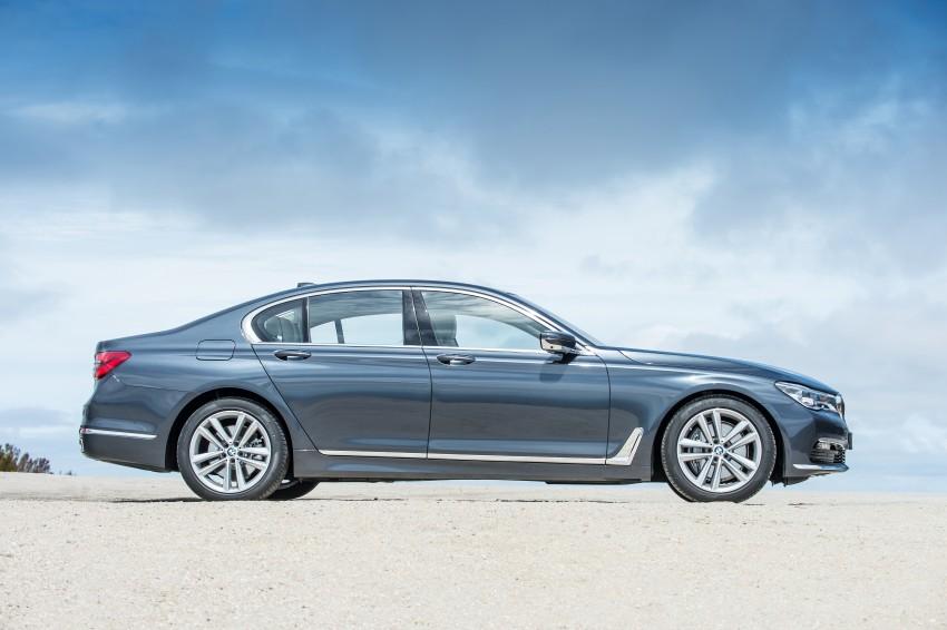 MEGA GALLERY: G11 BMW 7 Series in detail Image #372451
