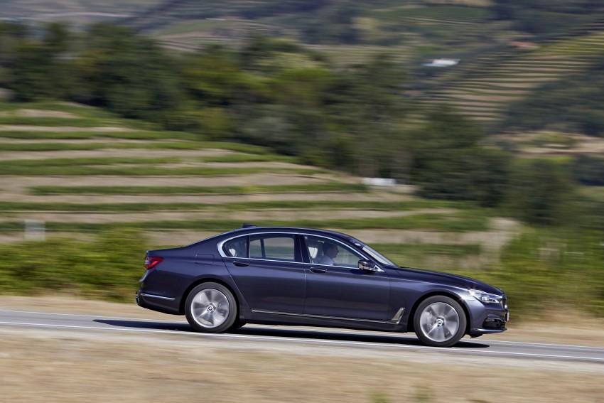MEGA GALLERY: G11 BMW 7 Series in detail Image #372408