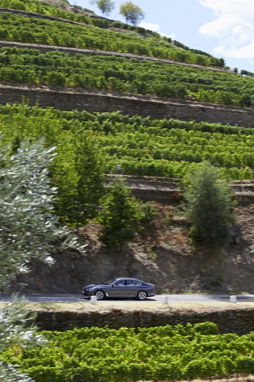 MEGA GALLERY: G11 BMW 7 Series in detail Image #372457