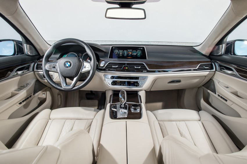 MEGA GALLERY: G11 BMW 7 Series in detail Image #372465
