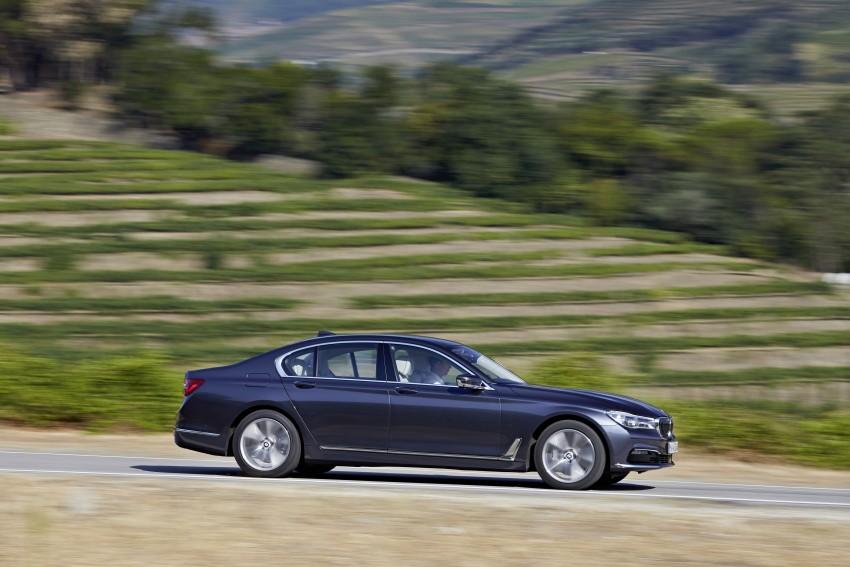 MEGA GALLERY: G11 BMW 7 Series in detail Image #372410