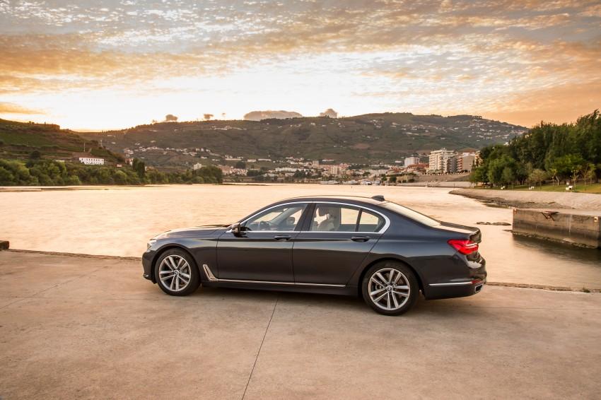 MEGA GALLERY: G11 BMW 7 Series in detail Image #372499