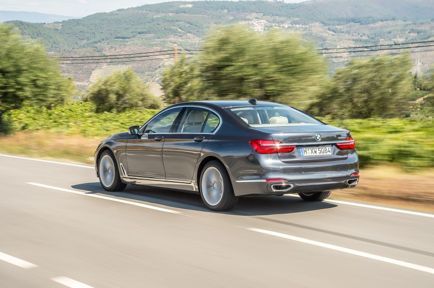 MEGA GALLERY: G11 BMW 7 Series in detail Image #372500