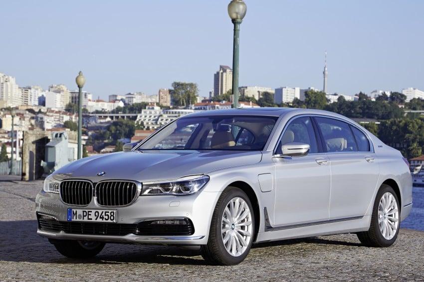 MEGA GALLERY: G11 BMW 7 Series in detail Image #372512