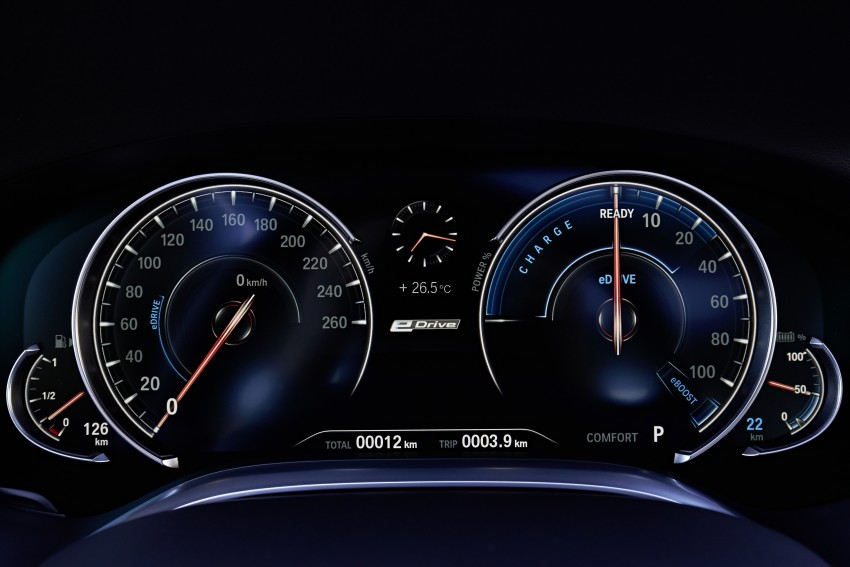 MEGA GALLERY: G11 BMW 7 Series in detail Image #372521
