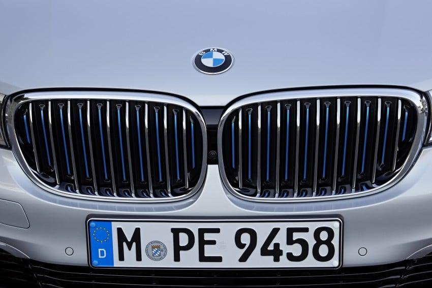 MEGA GALLERY: G11 BMW 7 Series in detail Image #372529