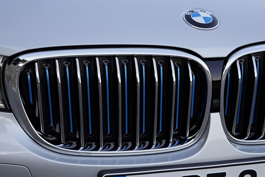 MEGA GALLERY: G11 BMW 7 Series in detail Image #372530