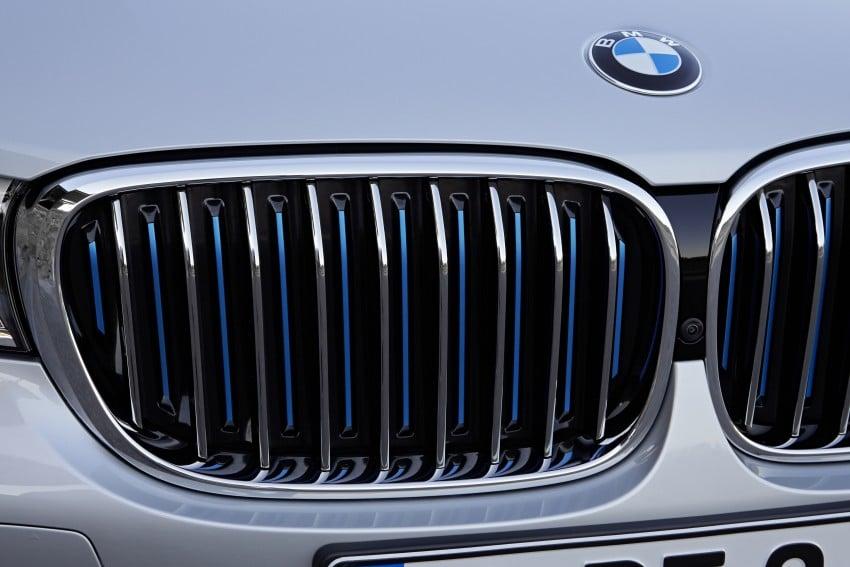 MEGA GALLERY: G11 BMW 7 Series in detail Image #372530