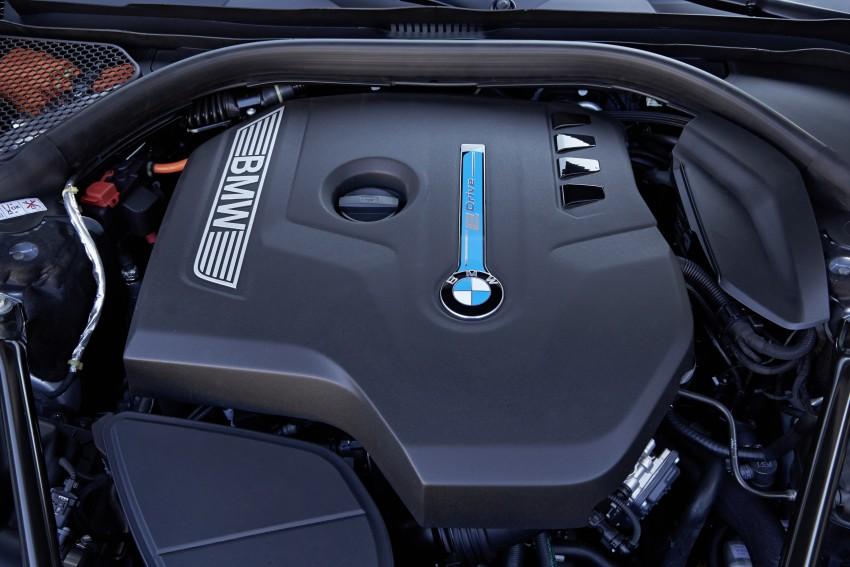 MEGA GALLERY: G11 BMW 7 Series in detail Image #372534