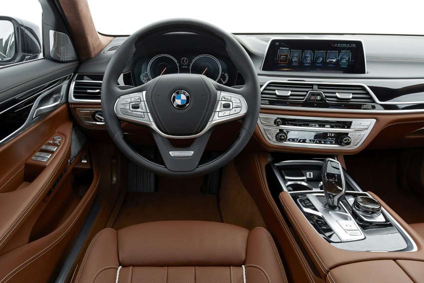 MEGA GALLERY: G11 BMW 7 Series in detail Image #372966