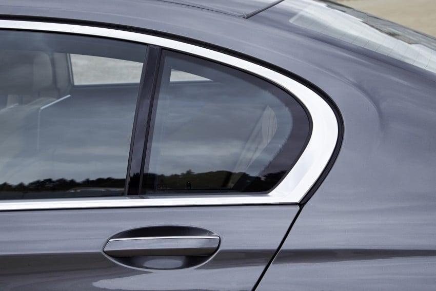 MEGA GALLERY: G11 BMW 7 Series in detail Image #372622