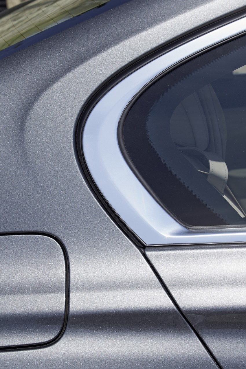 MEGA GALLERY: G11 BMW 7 Series in detail Image #372626