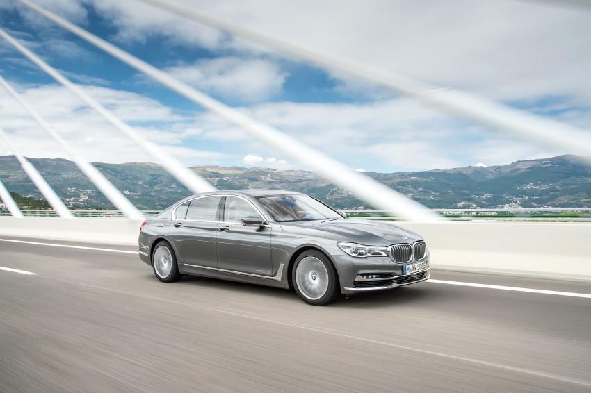 MEGA GALLERY: G11 BMW 7 Series in detail Image #372746