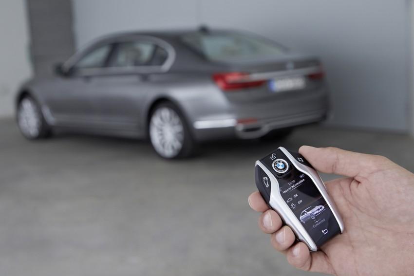 MEGA GALLERY: G11 BMW 7 Series in detail Image #372715