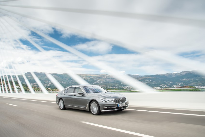 MEGA GALLERY: G11 BMW 7 Series in detail Image #372747
