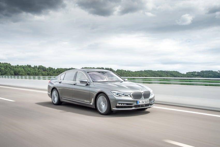 MEGA GALLERY: G11 BMW 7 Series in detail Image #372748