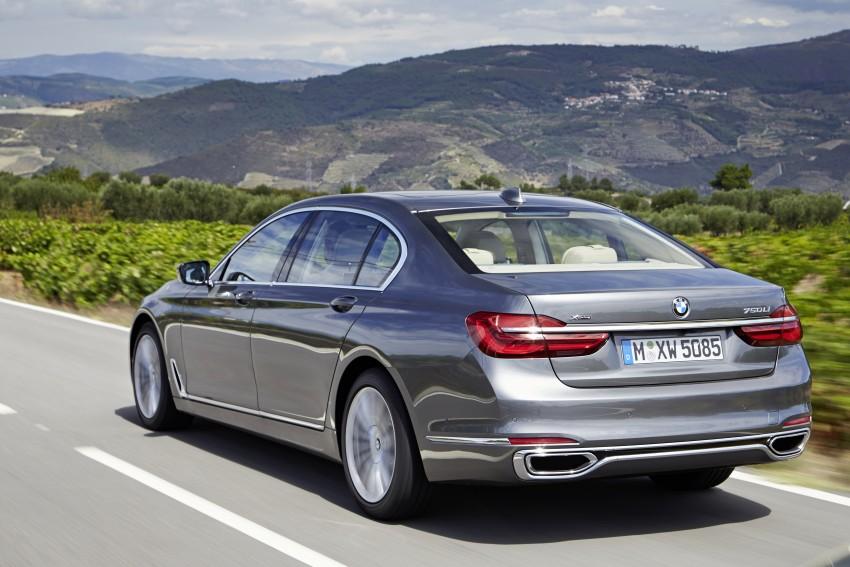 MEGA GALLERY: G11 BMW 7 Series in detail Image #372550