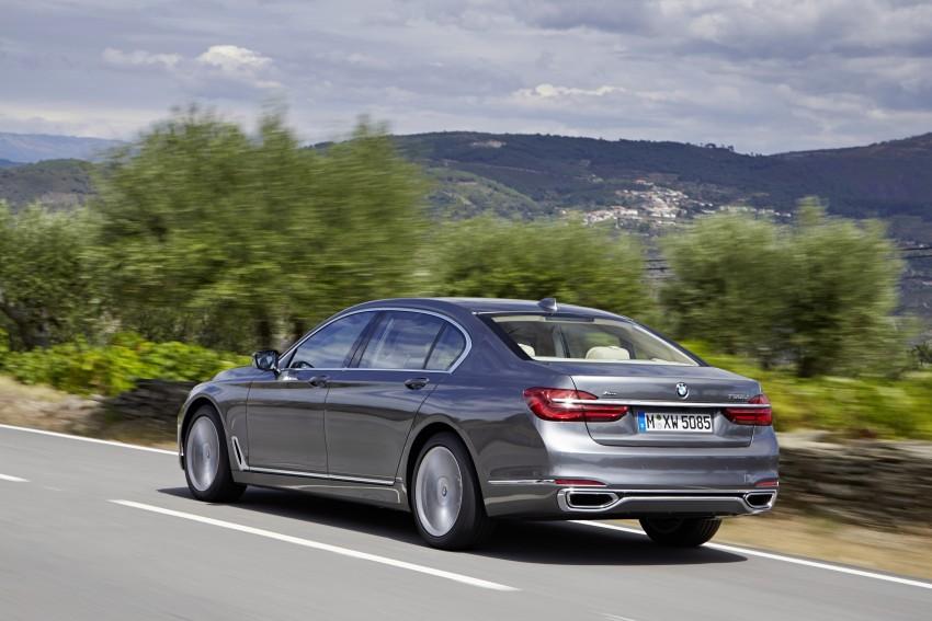 MEGA GALLERY: G11 BMW 7 Series in detail Image #372552