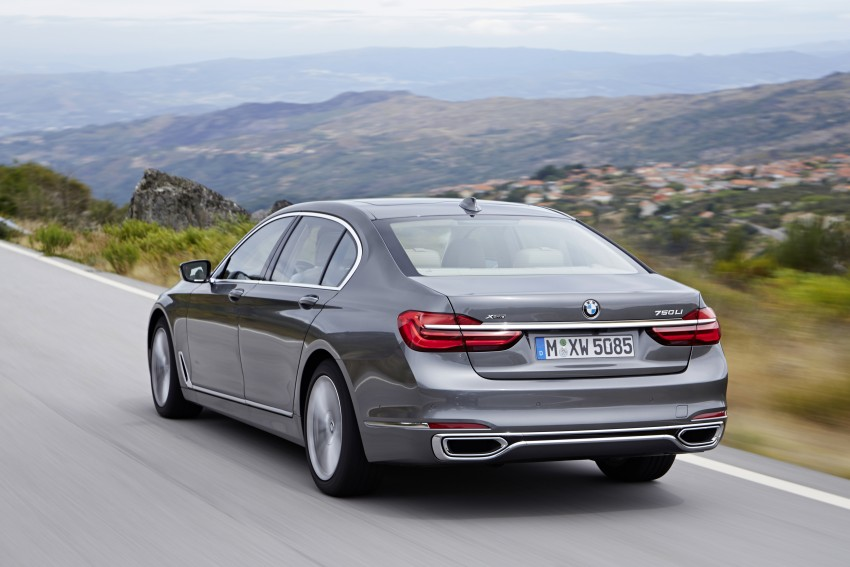 MEGA GALLERY: G11 BMW 7 Series in detail Image #372555