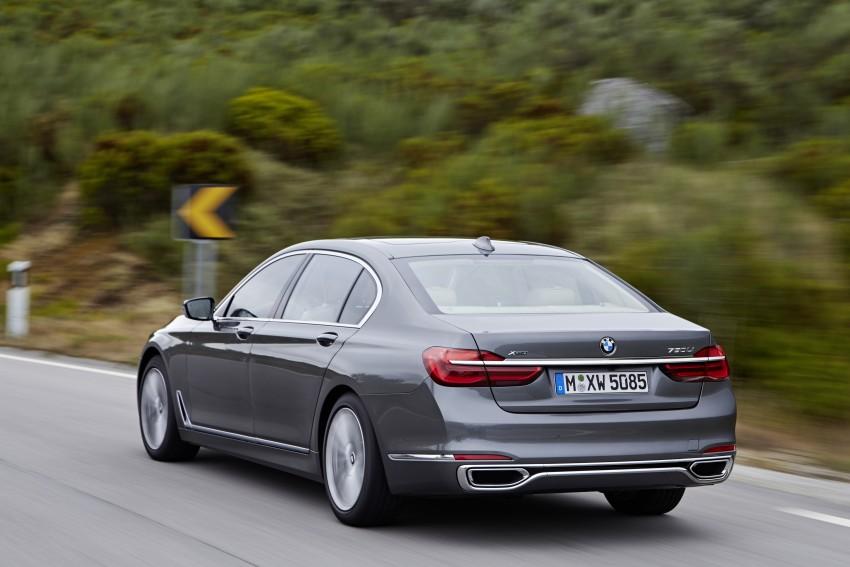 MEGA GALLERY: G11 BMW 7 Series in detail Image #372556
