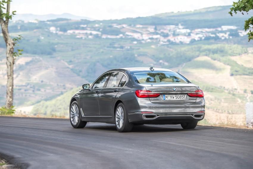 MEGA GALLERY: G11 BMW 7 Series in detail Image #372560