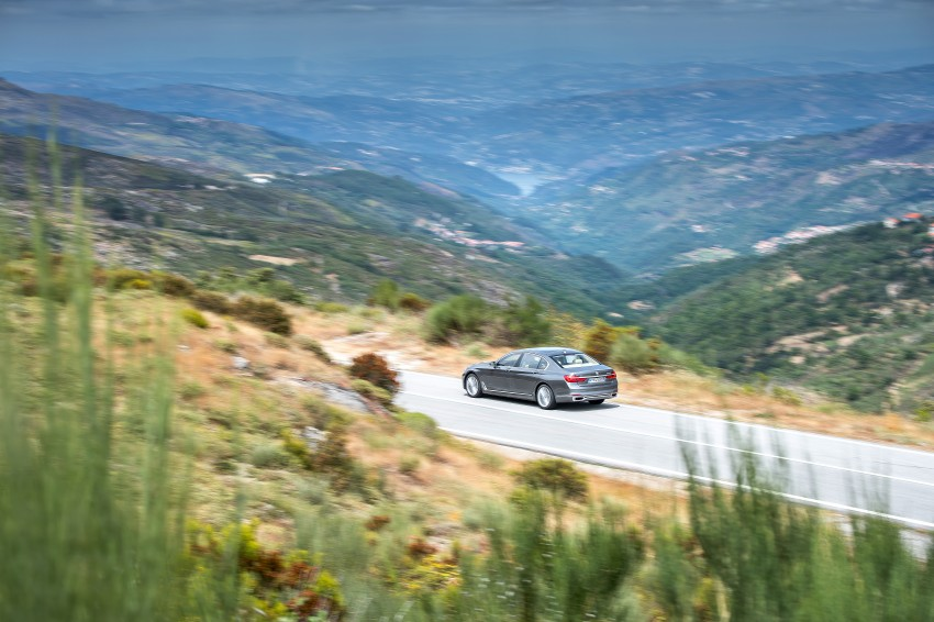 MEGA GALLERY: G11 BMW 7 Series in detail Image #372561