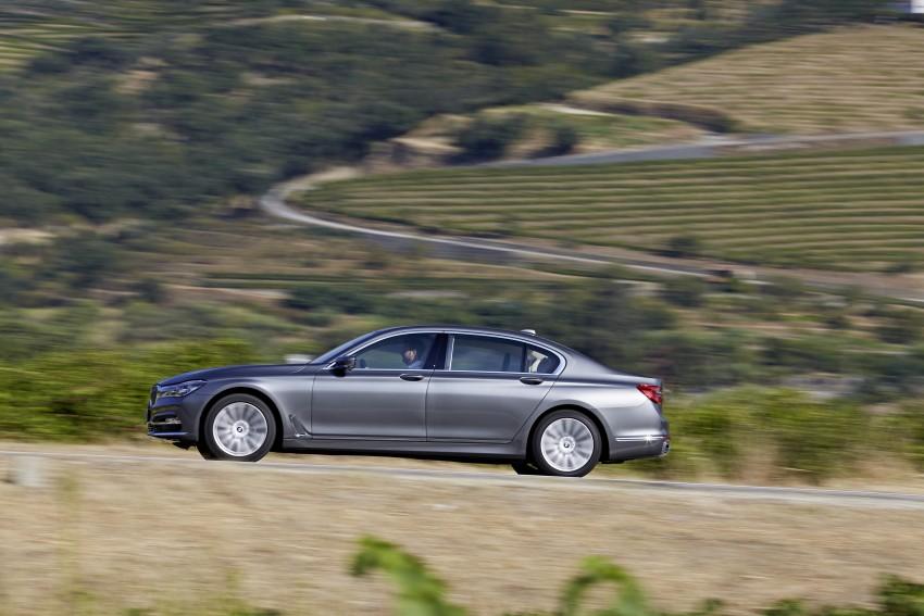 MEGA GALLERY: G11 BMW 7 Series in detail Image #372571