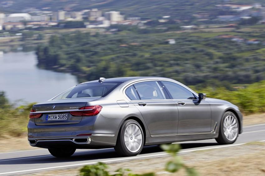 MEGA GALLERY: G11 BMW 7 Series in detail Image #372573