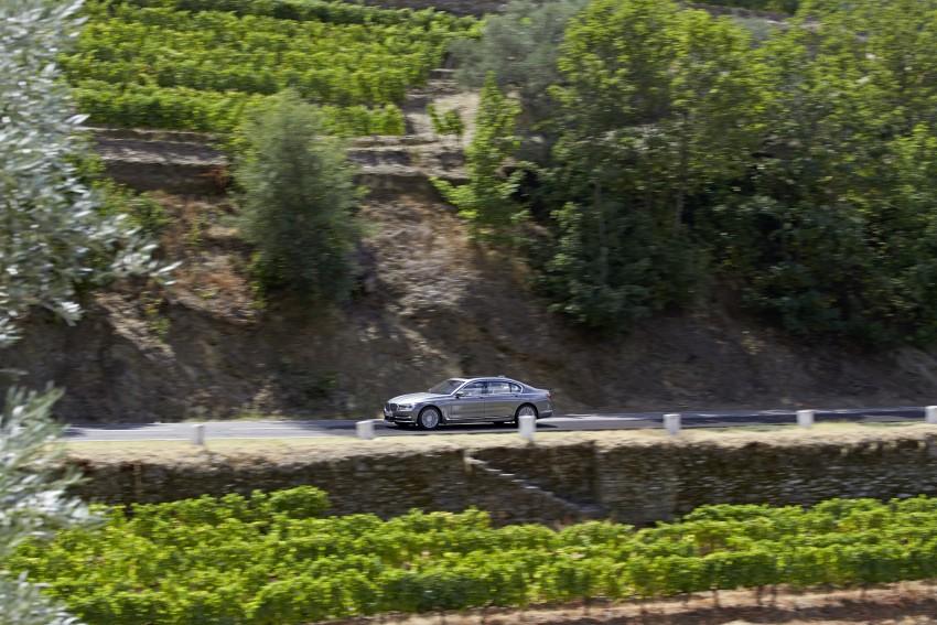 MEGA GALLERY: G11 BMW 7 Series in detail Image #372575