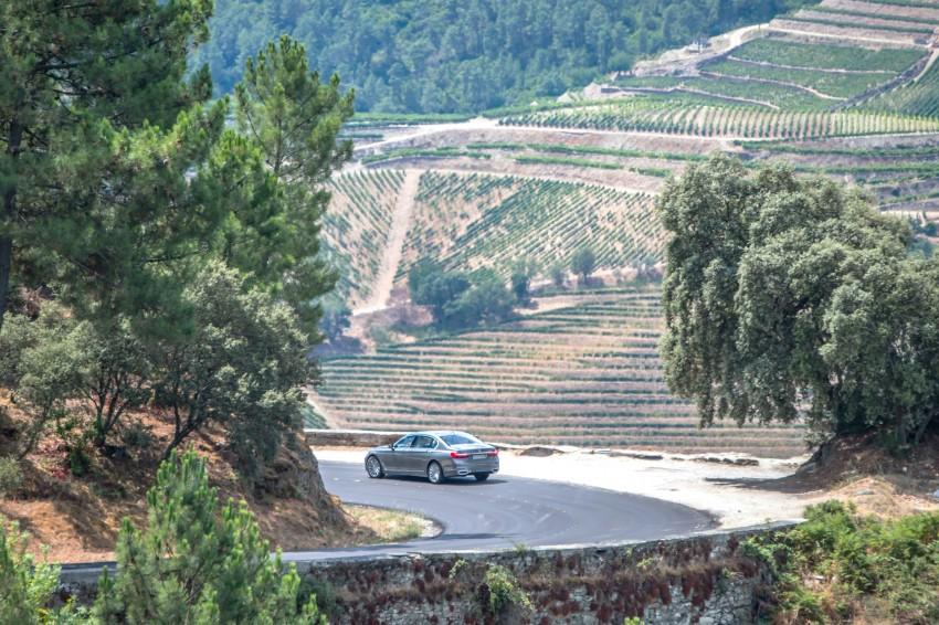 MEGA GALLERY: G11 BMW 7 Series in detail Image #372576
