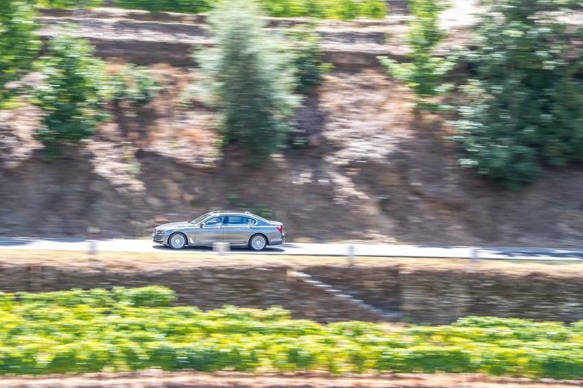 MEGA GALLERY: G11 BMW 7 Series in detail Image #372578