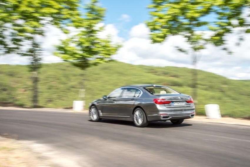 MEGA GALLERY: G11 BMW 7 Series in detail Image #372582
