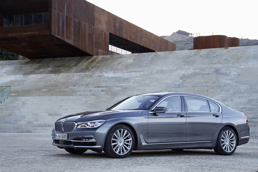 MEGA GALLERY: G11 BMW 7 Series in detail Image #372593