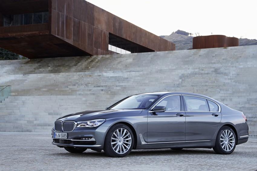 MEGA GALLERY: G11 BMW 7 Series in detail Image #372593