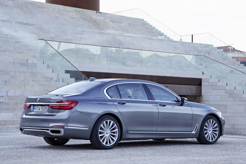 MEGA GALLERY: G11 BMW 7 Series in detail Image #372596