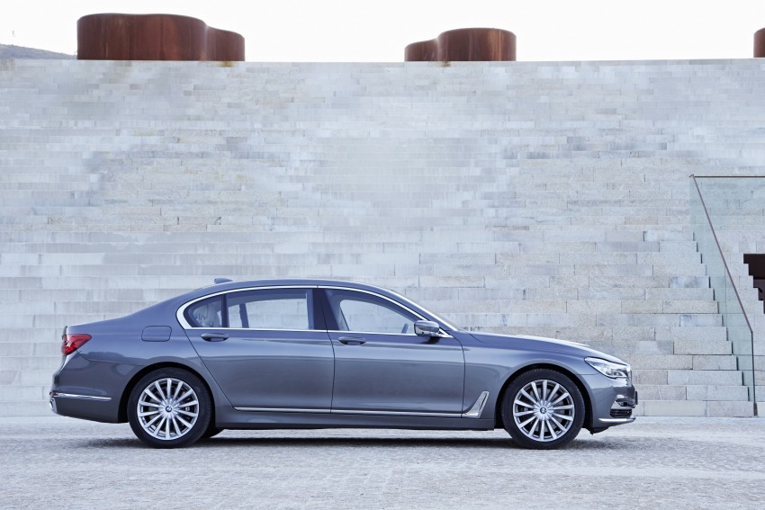 MEGA GALLERY: G11 BMW 7 Series in detail Image #372597