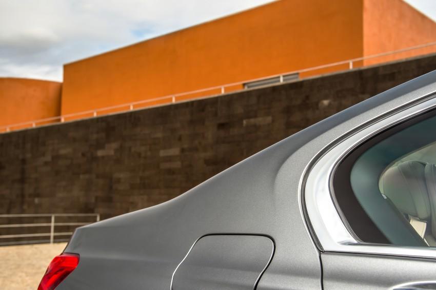 MEGA GALLERY: G11 BMW 7 Series in detail Image #372612