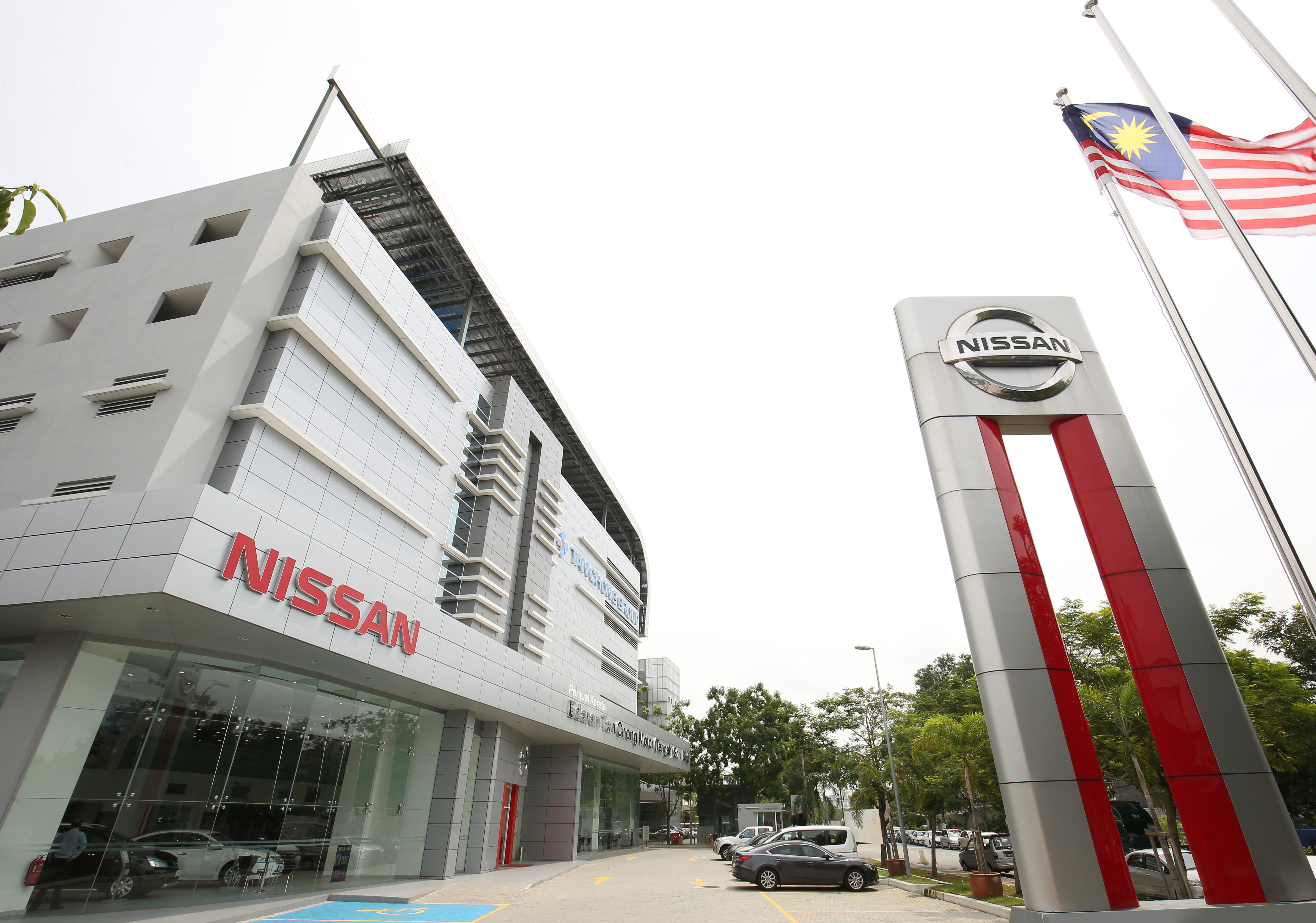 Etcm Launches Flagship Nissan 4s Centre In Glenmarie
