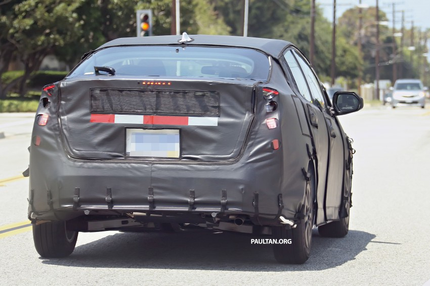SPIED: 2016 Toyota Prius shows interior for first time! Image #367264