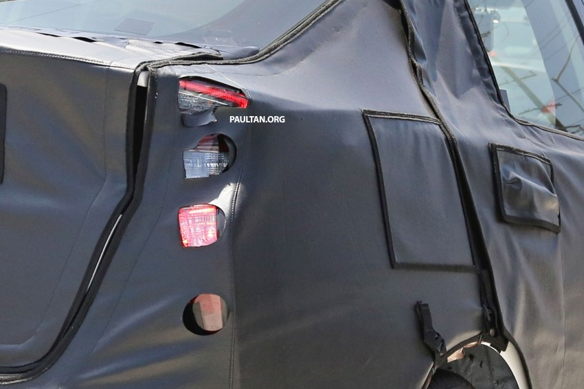 SPIED: 2016 Toyota Prius shows interior for first time! Image #367263