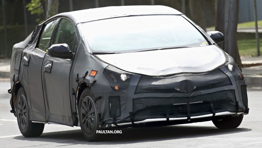 SPIED: 2016 Toyota Prius shows interior for first time! Image #367254